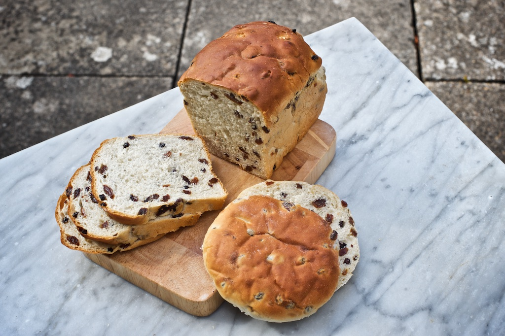 Fruit Loaf & Tea Cakes - A light yeasted dough with a mixture of currents, raisins and sultanas. Best served toasted with lots of butter.Available as a 400g loaf and individual tea cakes