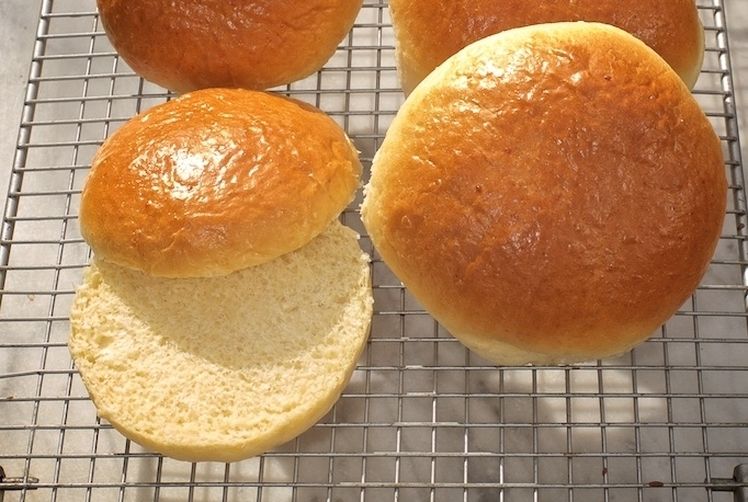 Brioche Buns - Our light, buttery brioche buns are idea as hamburger and hot dog buns, or for steak sandwiches or luxury bacon rollsAvailable as 100g & 120g buns and large hot dog rolls