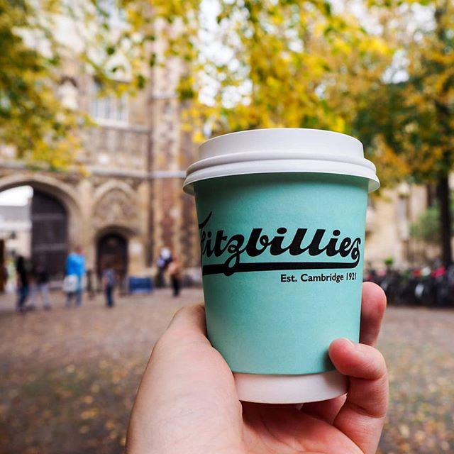 Hello Autumn :) Soup is back, toasties are flying out and hot choccys galore! Pop in to say hi. #autumn🍁 #fitzbilliescambridge #climpsonandsonscoffee #cambridgefood #specialitycoffee #prettycambridge