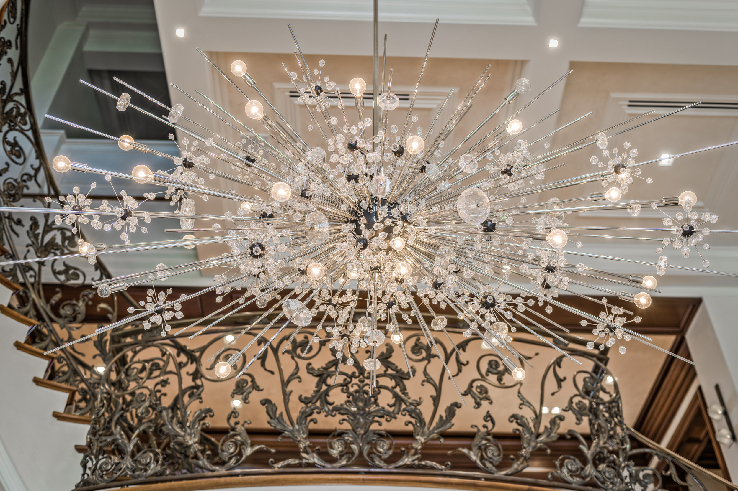 Private Beachfront Estate Grand Foyer - Detail Iconic Lobmyer Metropolitan Chandelier
