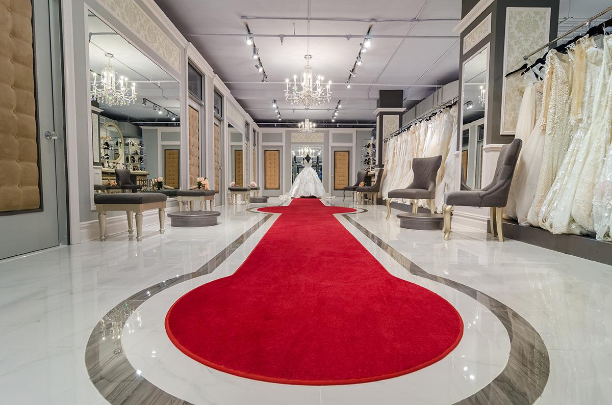 MARK ZUNINO ATELIER - Fall 2019Bridal Reflections New York437 Fifth Avenue 10th FloorNew York, NY 10016212.764.3040