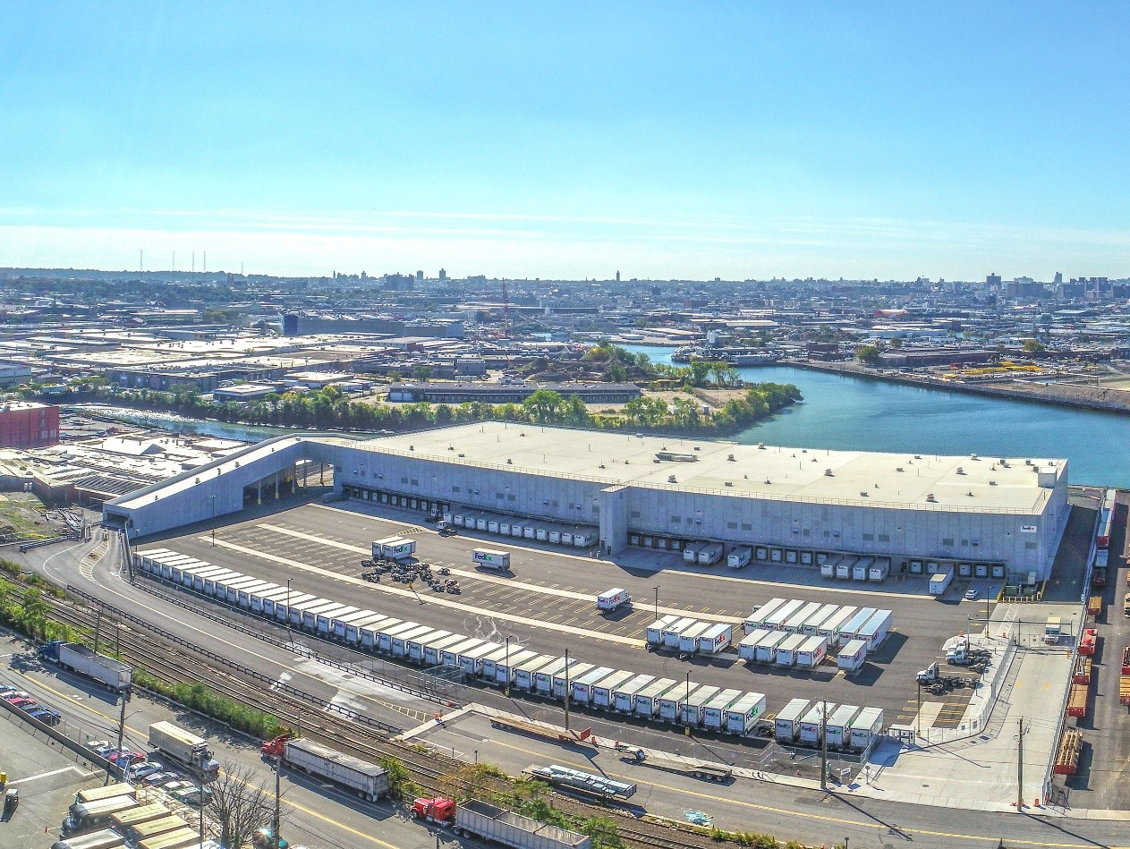 The FedEx Ground Sort Facility in Maspeth won the award for best new commercial construction.