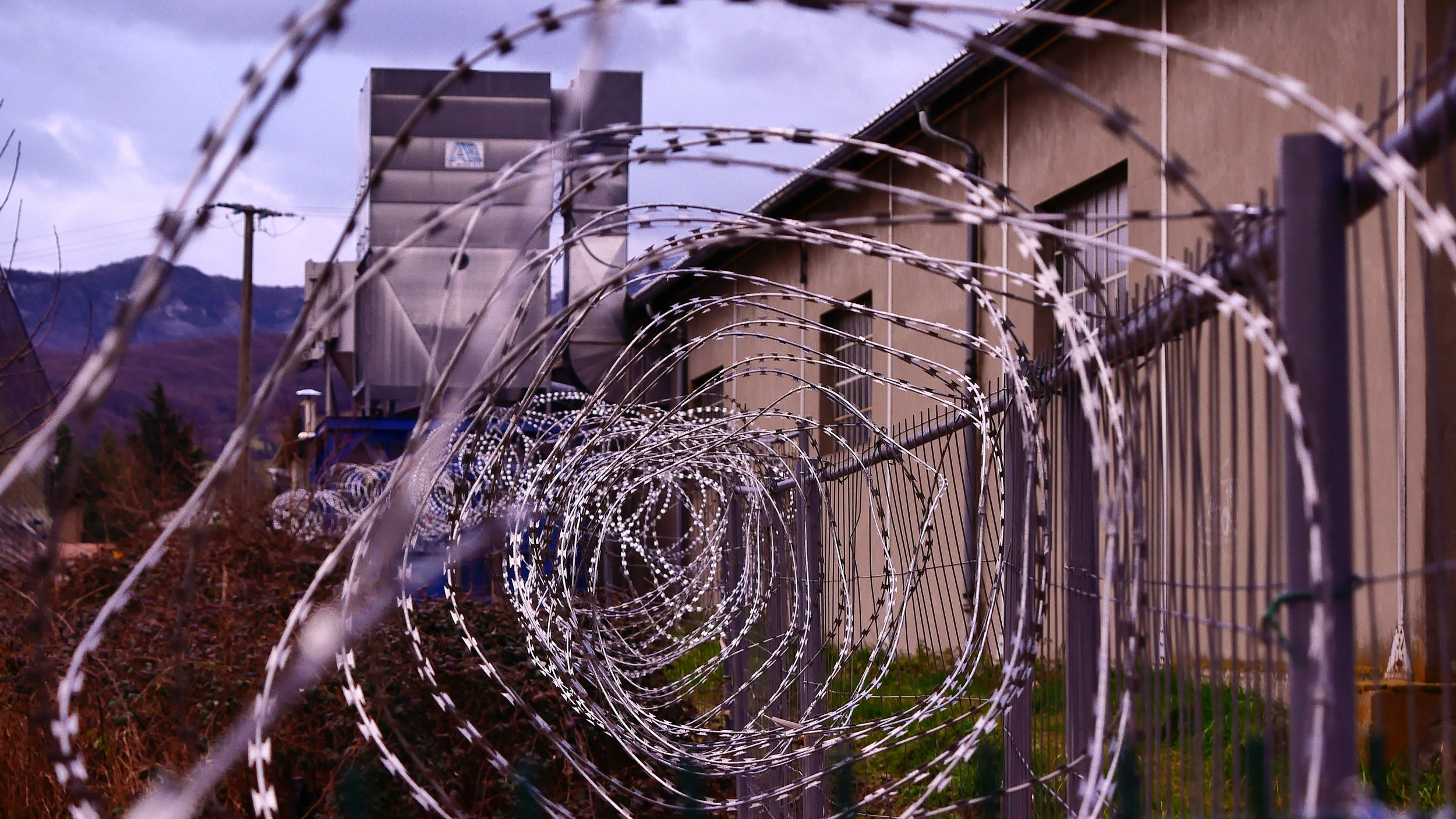 Prison barbed wires. Photo by Hedi Benyounes.