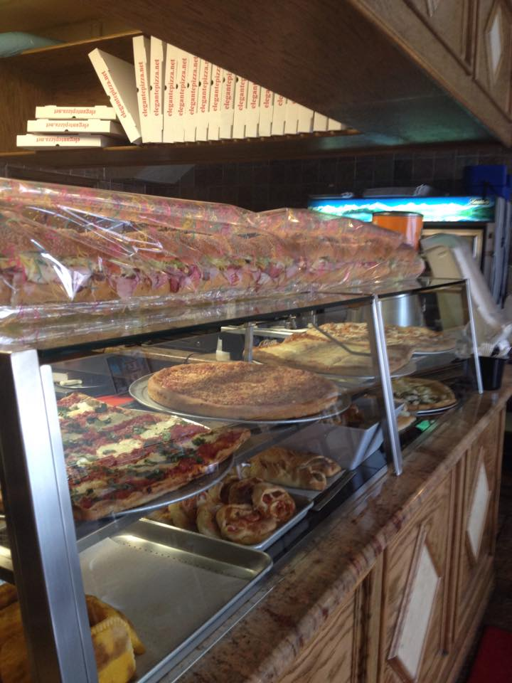 Elegante Restaurant in Far Rockaway will give free pizza pies to government workers all day Tuesday. Facebook photo.