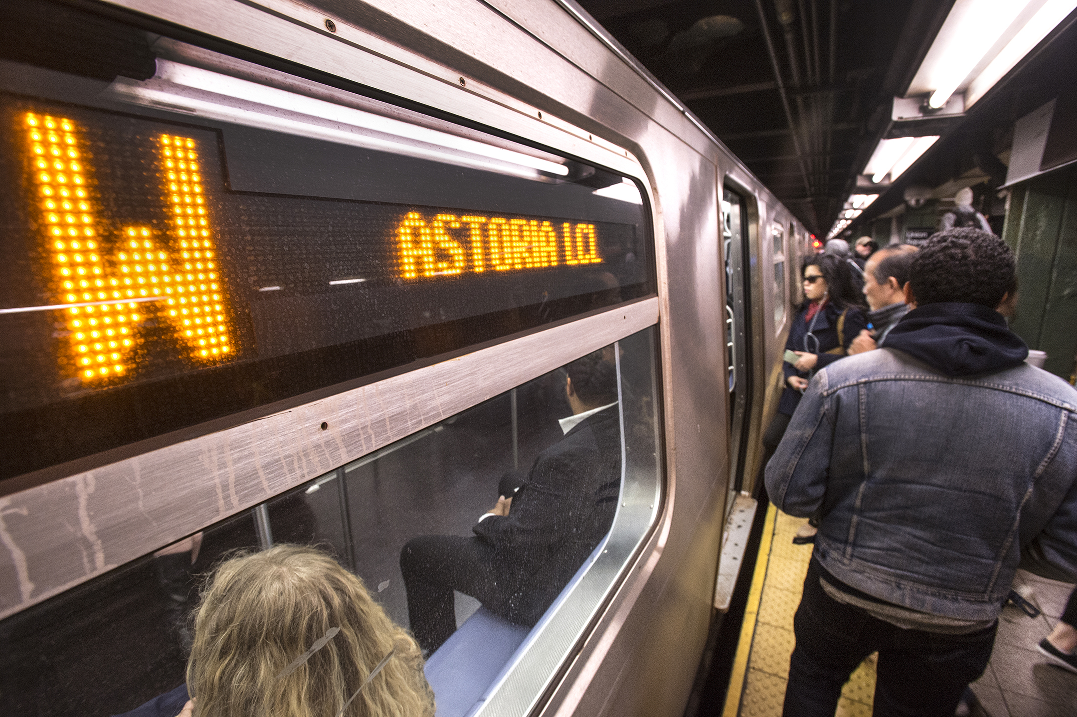 The W train stands to move faster thanks to the Save Safe Seconds campaign. Photo via the MTA/Patrick Cashin.
