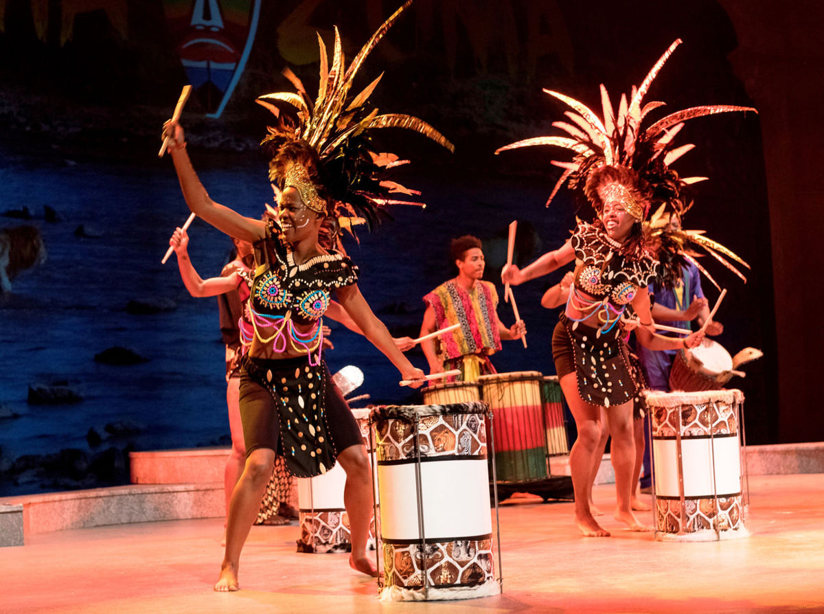 Cirque Zuma Zuma will perform at Kupferberg Center on Feb. 24. Photos courtesy of the Kupferberg Center.