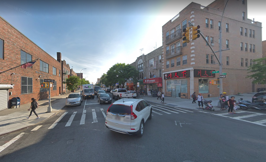The intersection where Youfeng Xu was struck by a box truck. Photo via Google Maps.