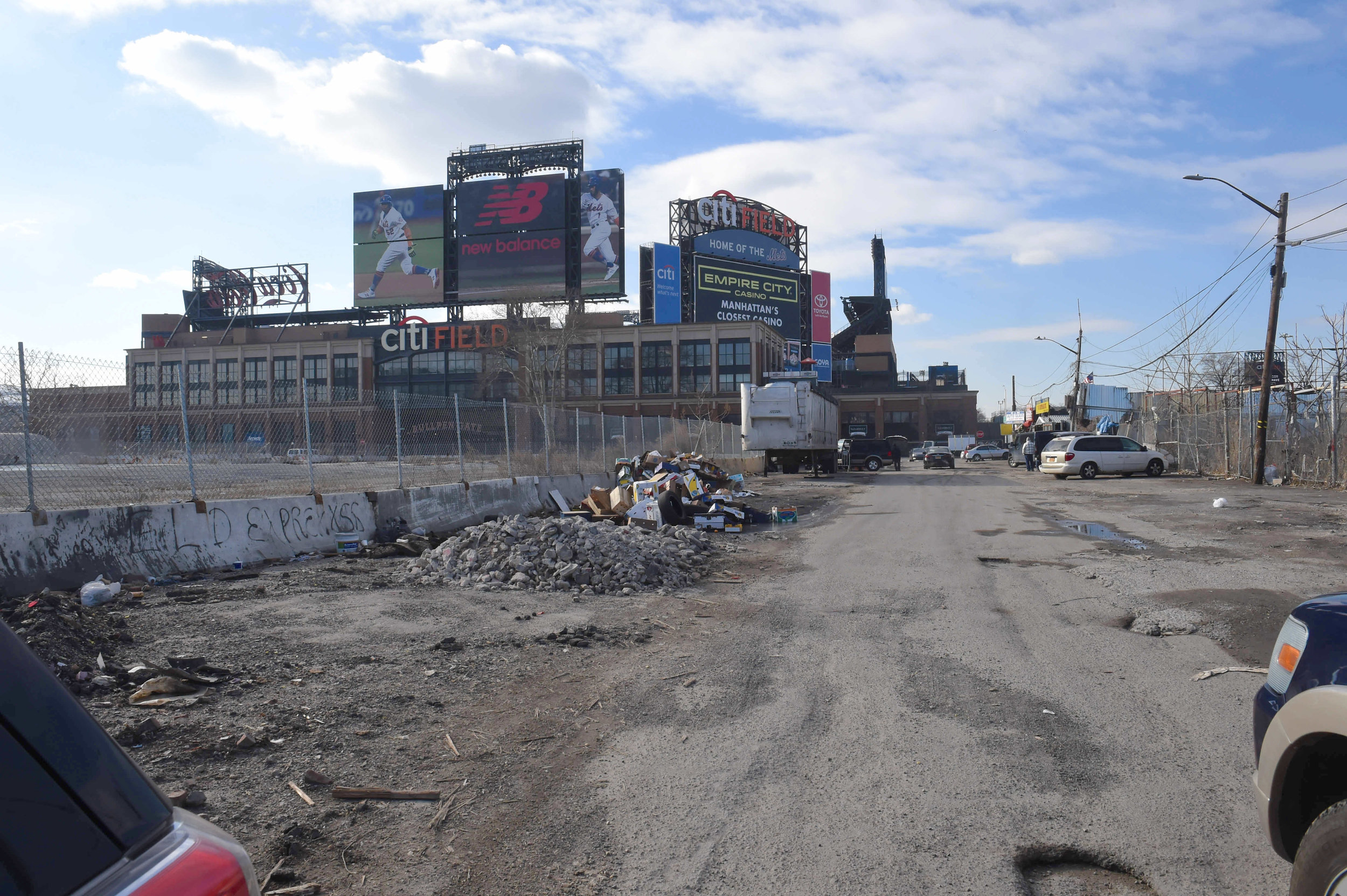 A 23-acre, NYCEDC-owned parcel of land at Willets Point has been dormant for a decade.  Eagle  file photo by Todd Maisel