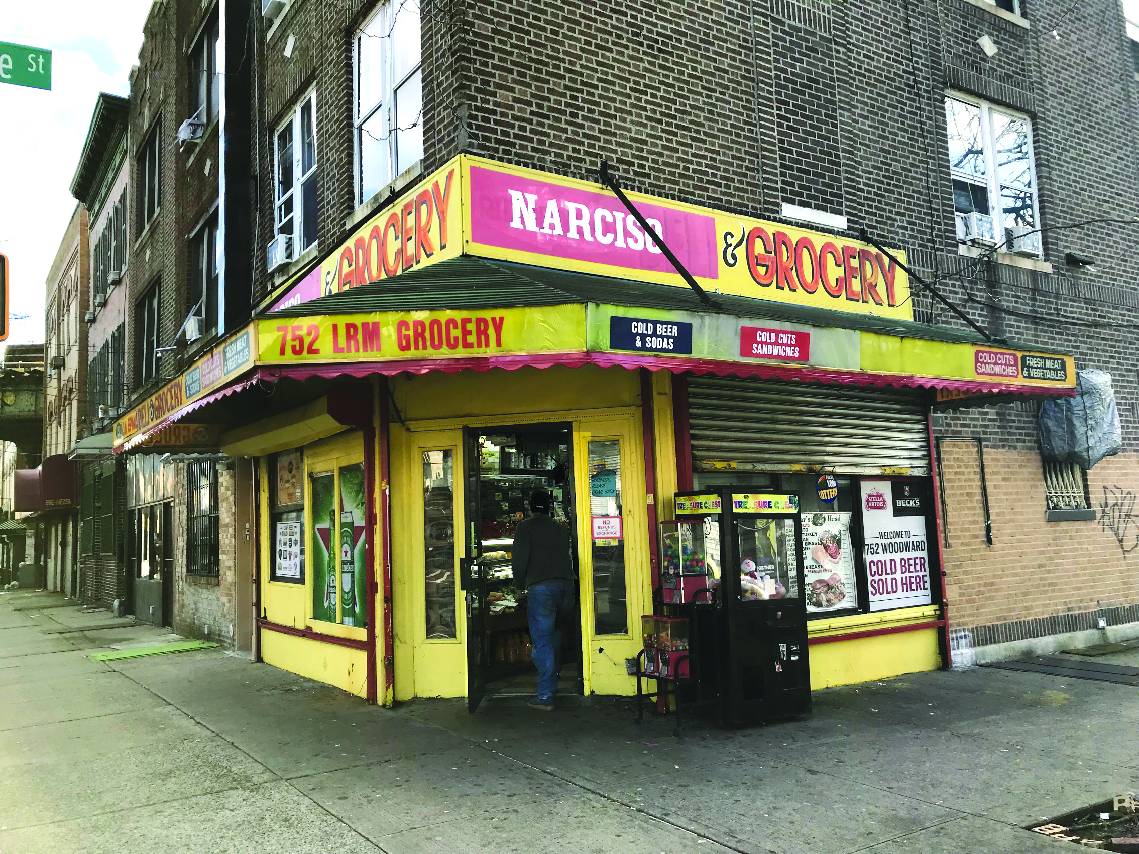 Distinctly New York City small businesses, like this bodega in Ridgewood, are under threat from rising rents. Advocates say a 33-year-old bill can help protect the companies.  Eagle  file photo by David Brand