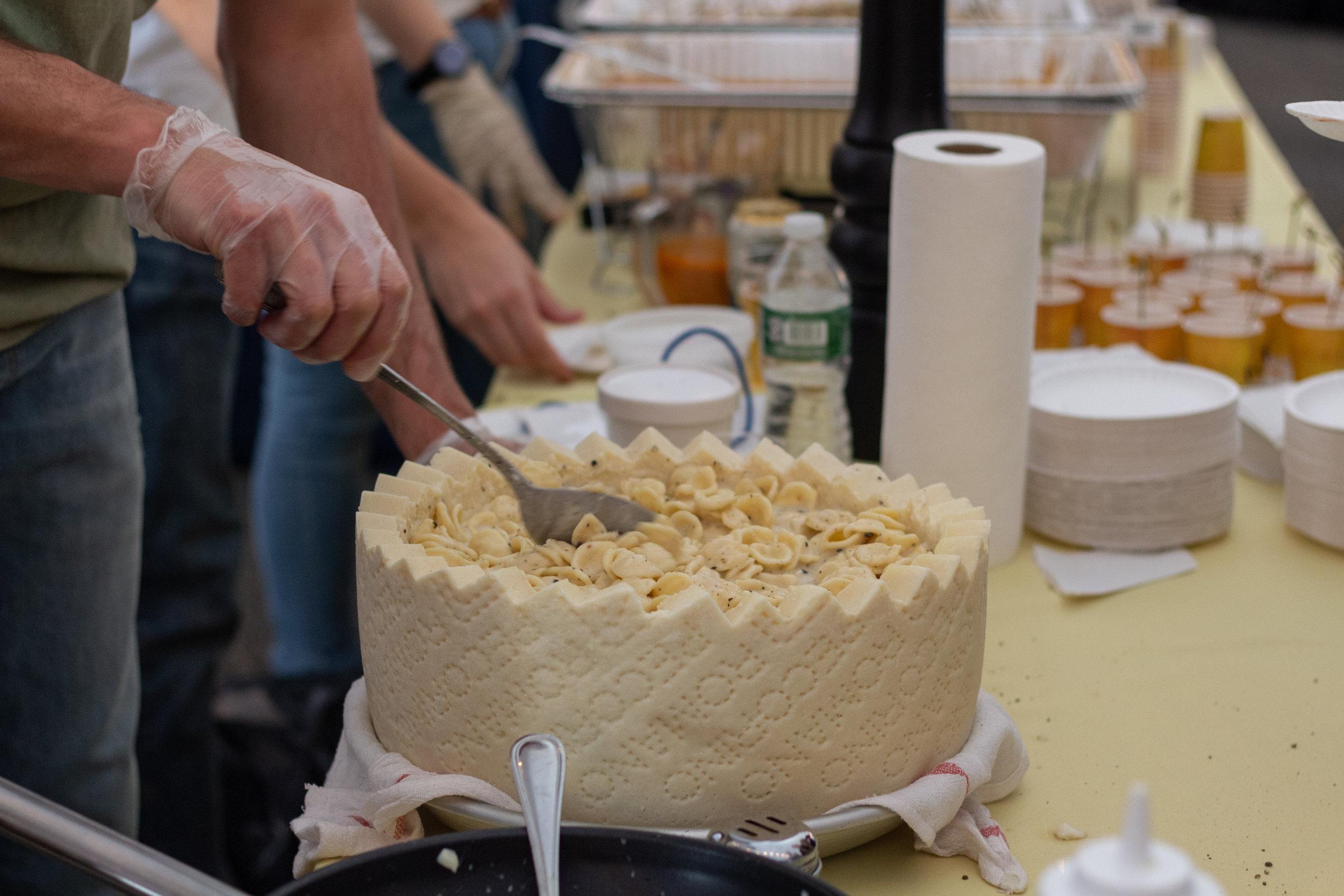 SoleLuna serves up some Instagram-ready pasta at the Taste of Sunnyside. Eagle photos by Jonathan Sperling.