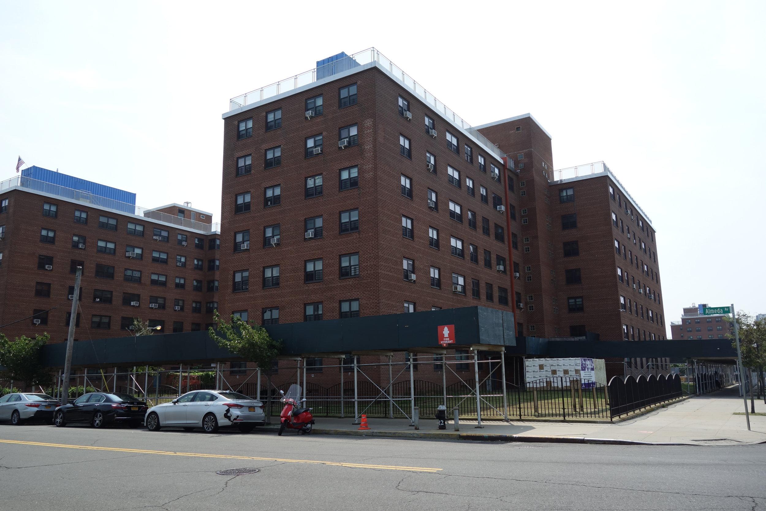 The Ocean Bay apartments in Far Rockaway. Photo via Wikimedia Commons/Tdorante10.