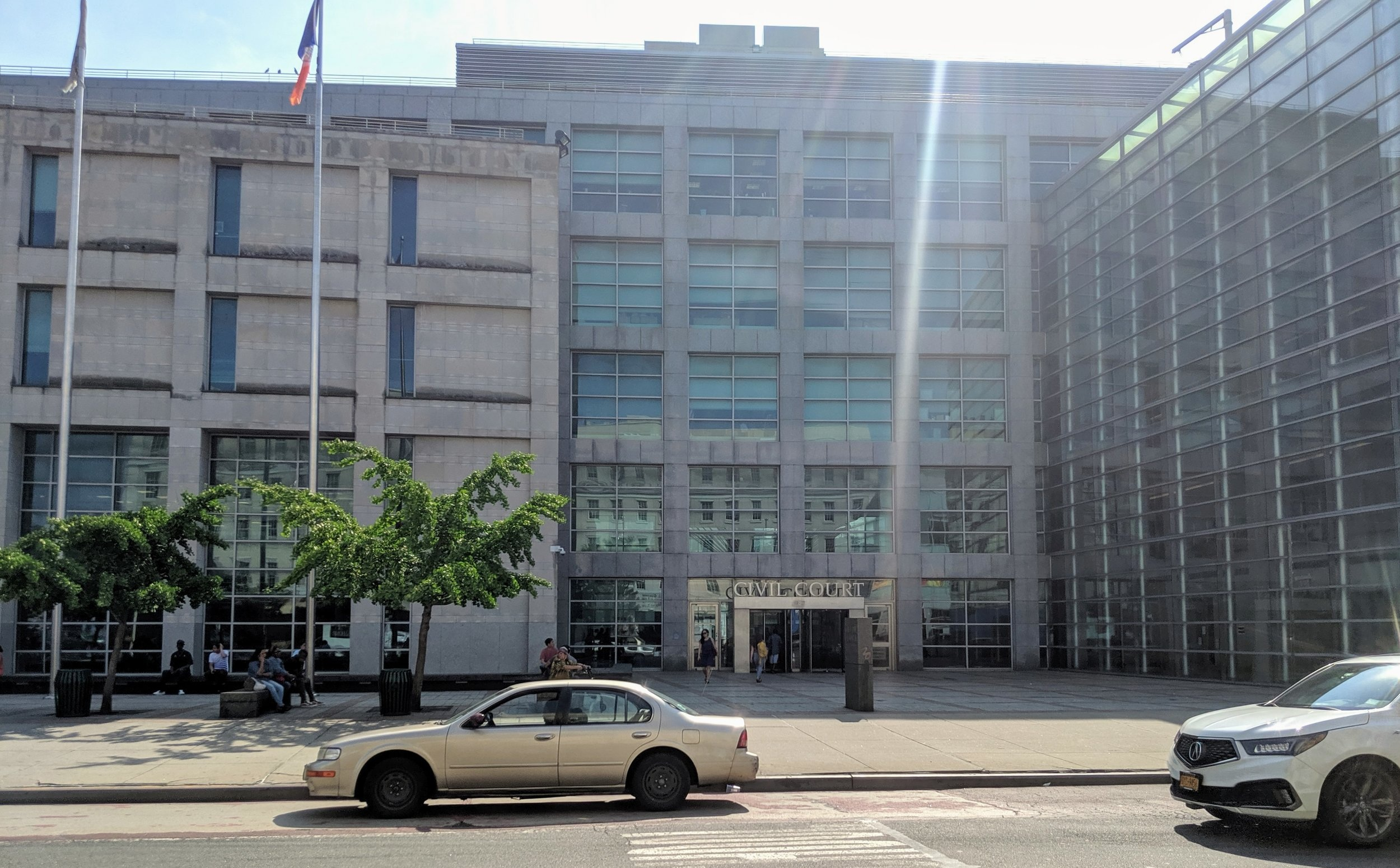 Queens Civil Court on a relatively quiet Thursday morning.   Eagle  photo by Phineas Rueckert