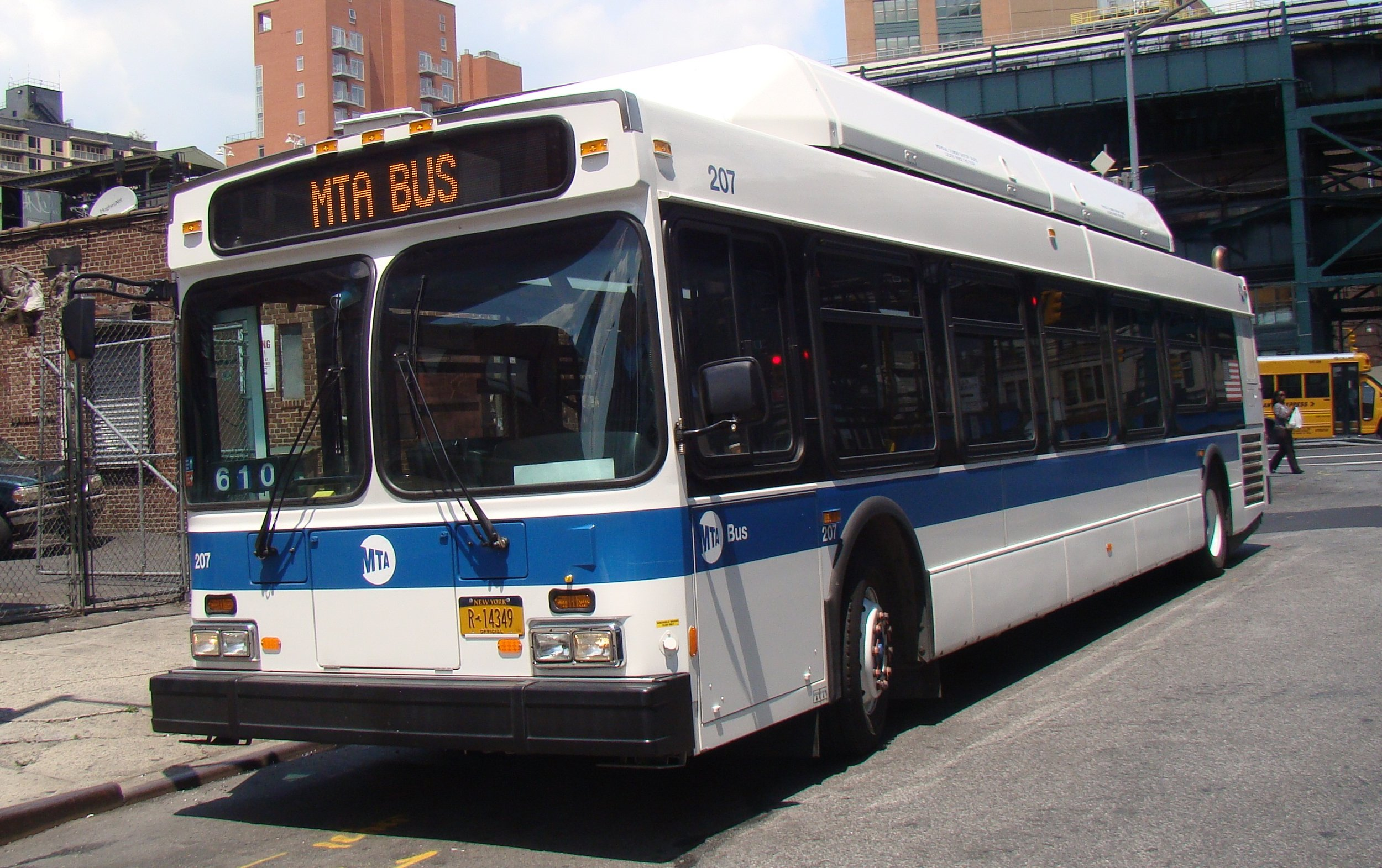 Who knows how slowly this MTA bus will chug along its route. Photo courtesy of Chris Torres/Wikimedia Commons.