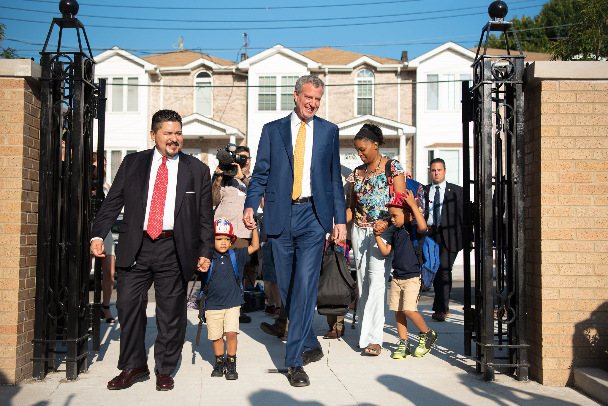 Schools Chancellor Richard Carranza (left) accompanied Mayor Bill de Blasio, Deputy Mayor J. Phillip Thompson and students at PS 377 in Ozone Park for the first day of school in September 2018. Michael Appleton/Mayoral Photography Office.