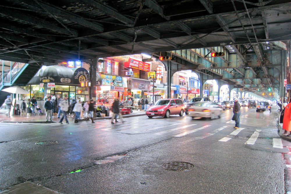Maybe there doesn't need to be one way to pronounce Roosevelt Avenue after all, according to some Queens residents. Photo by  Doug Letterman via Flickr .