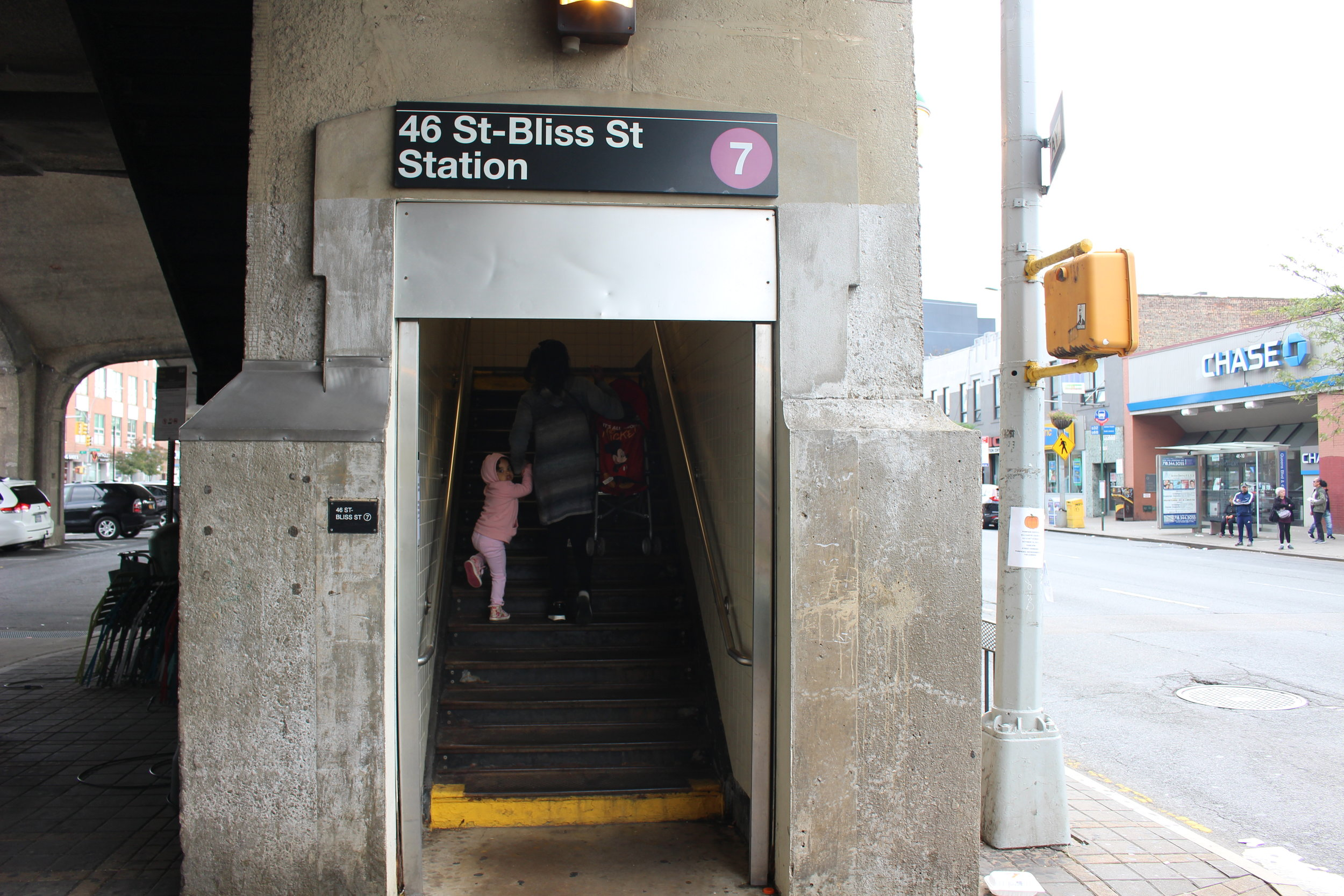 The 46th Street-Bliss Street subway station is one of four stations in Sunnyside that is inaccessible for people in wheelchairs or with mobility impairments.  Eagle  photo by Amanda Glodowski.