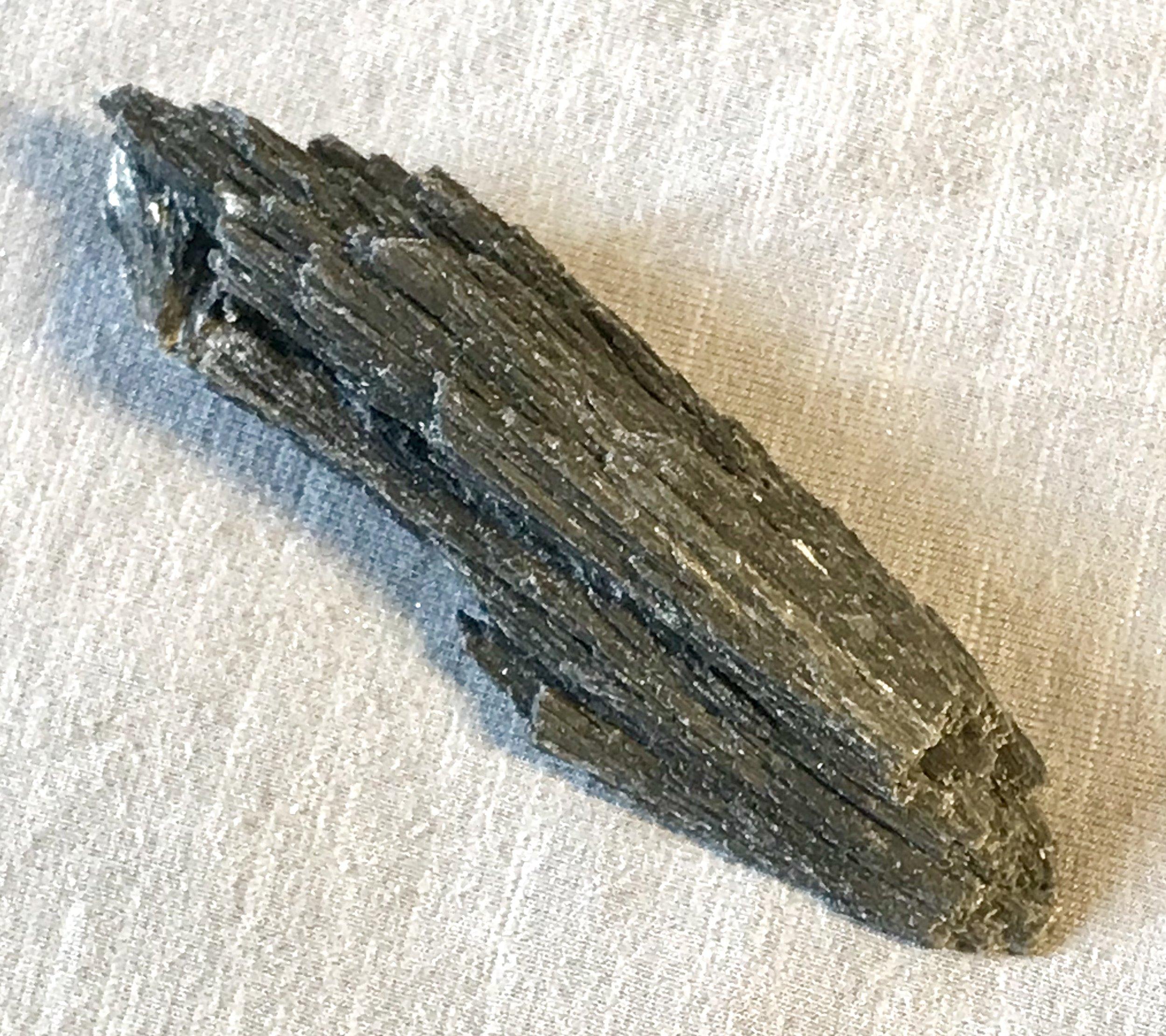 kyanite-black-photos-part1-03.jpg