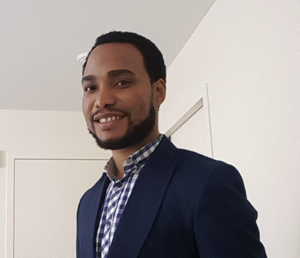 ZUBBY ACHARA  MBA Candidate, Harvard Business School