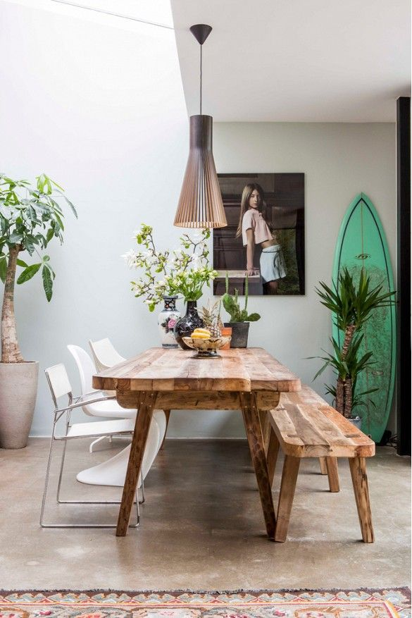 This style, boho cool, is so laid back, even a reclaimed wood table and bench appears to have been there since the beginning. Not planed, but just exiting for the family which is to use it.
