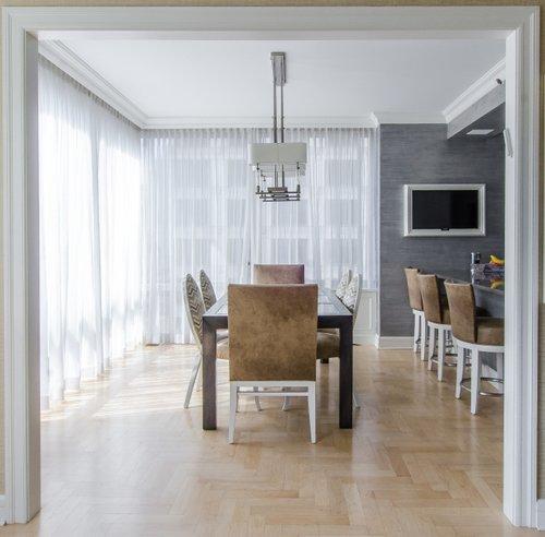 Pleasanton CA Toni Berry Marie Antoinette Interios-custom-blinds-white-dining-room-cloor-to-ceiling.jpg