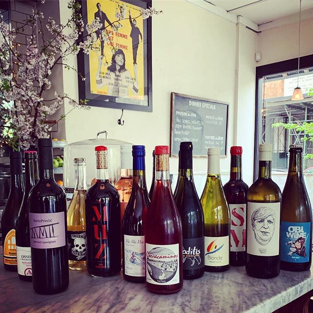 We are very excited about our 100% new wine program at our big sister next door Café Paulette @cafepaulettebk ! Same acclaimed traditional French bistro food with an always evolving natural wine list to keep discovering new pleasures!  #bistro #brooklyn #naturalwine