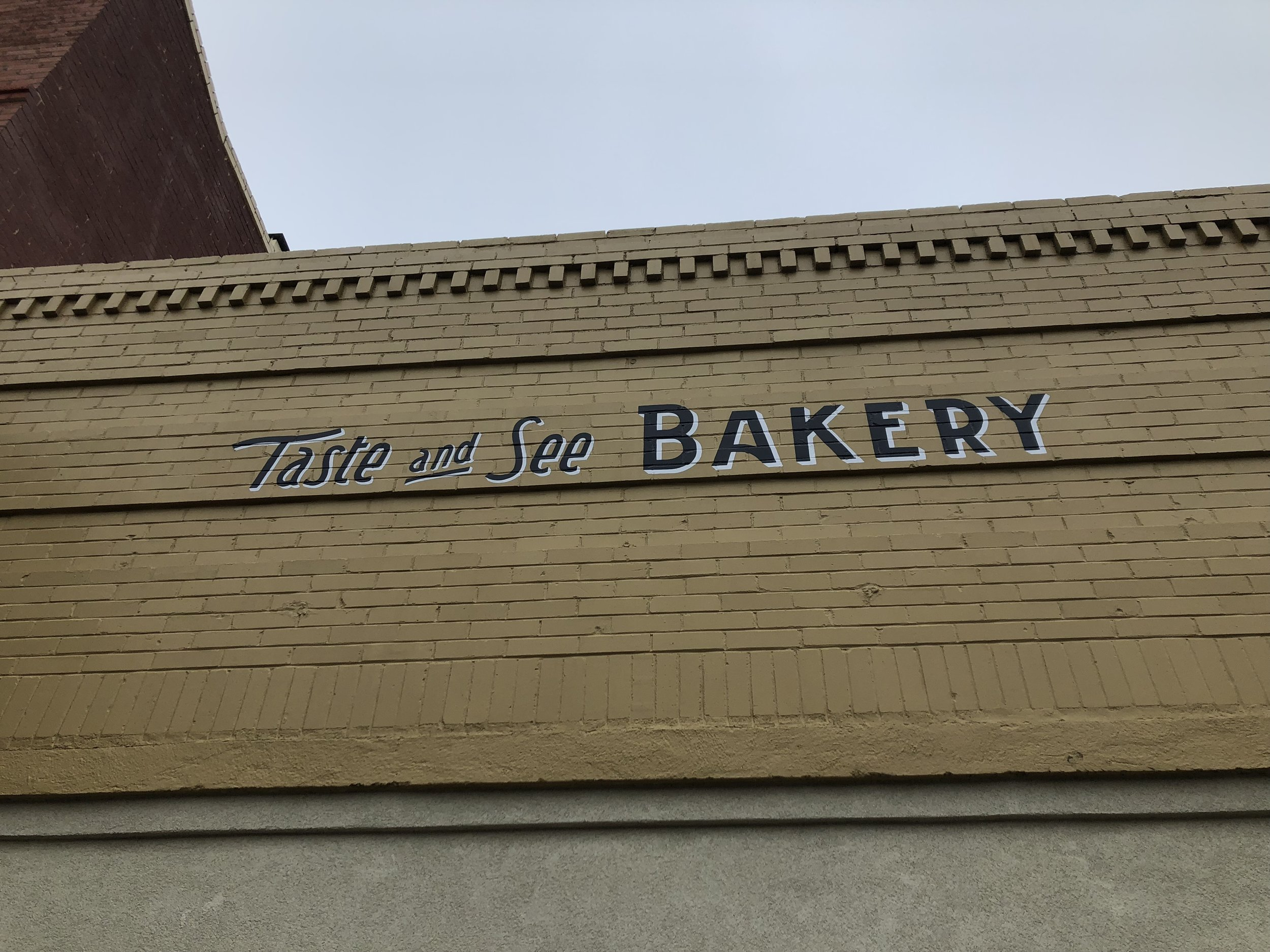 The fantastic bakery we warmed up at.