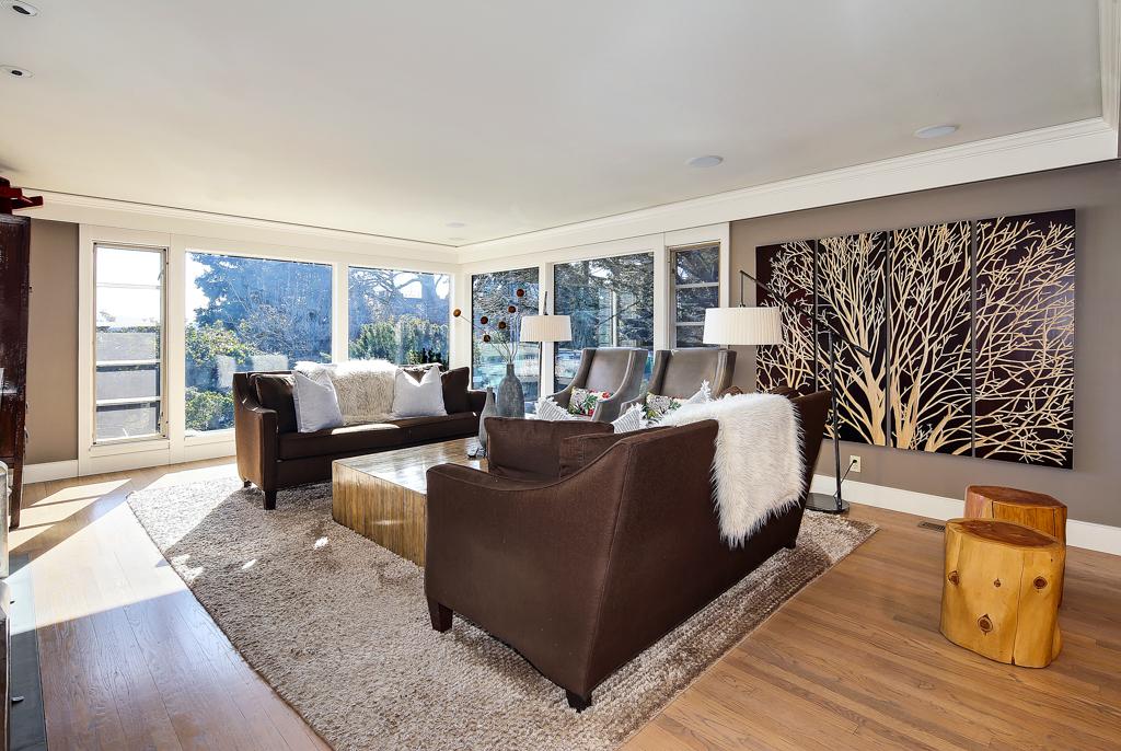 6610 NE 60th St, WA ·  Seattle ·  $2,185,000