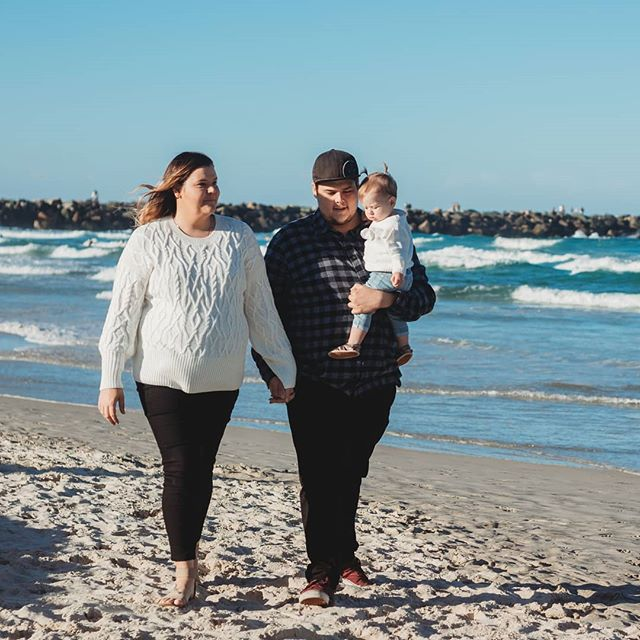 Over the next week I'll be sharing highlights from the Saward Family. 🏖  _ #brisbanephotographer #goldcoastphotograper #beachsession #lifestylesession #familyphotographer #familyphotography #goldcoast