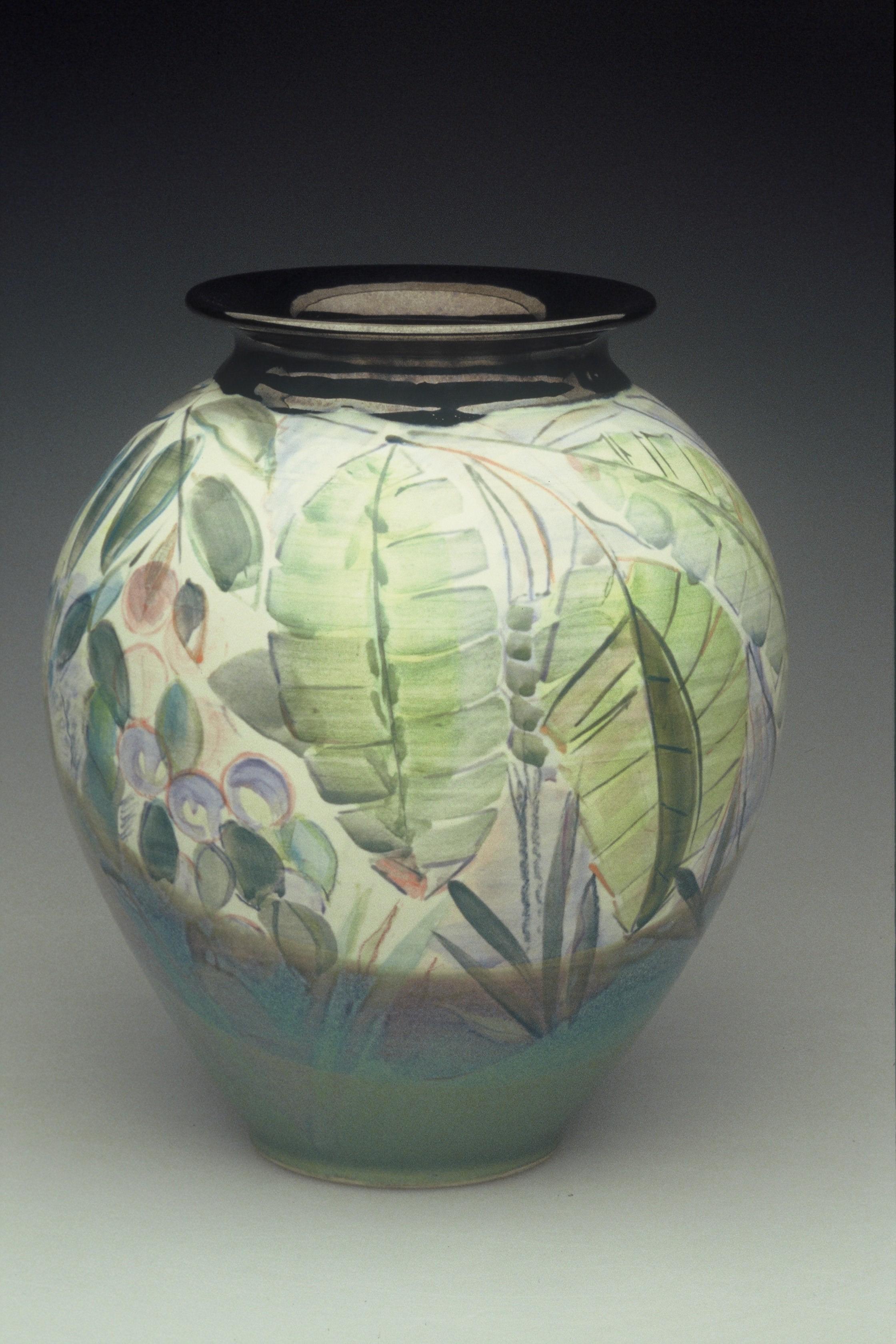 Vase 39 (2) sm.jpg