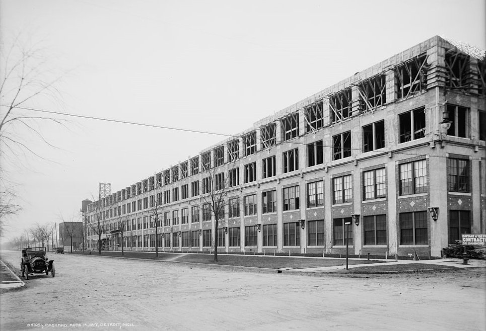 Packard_plant_no_10_construction.jpg