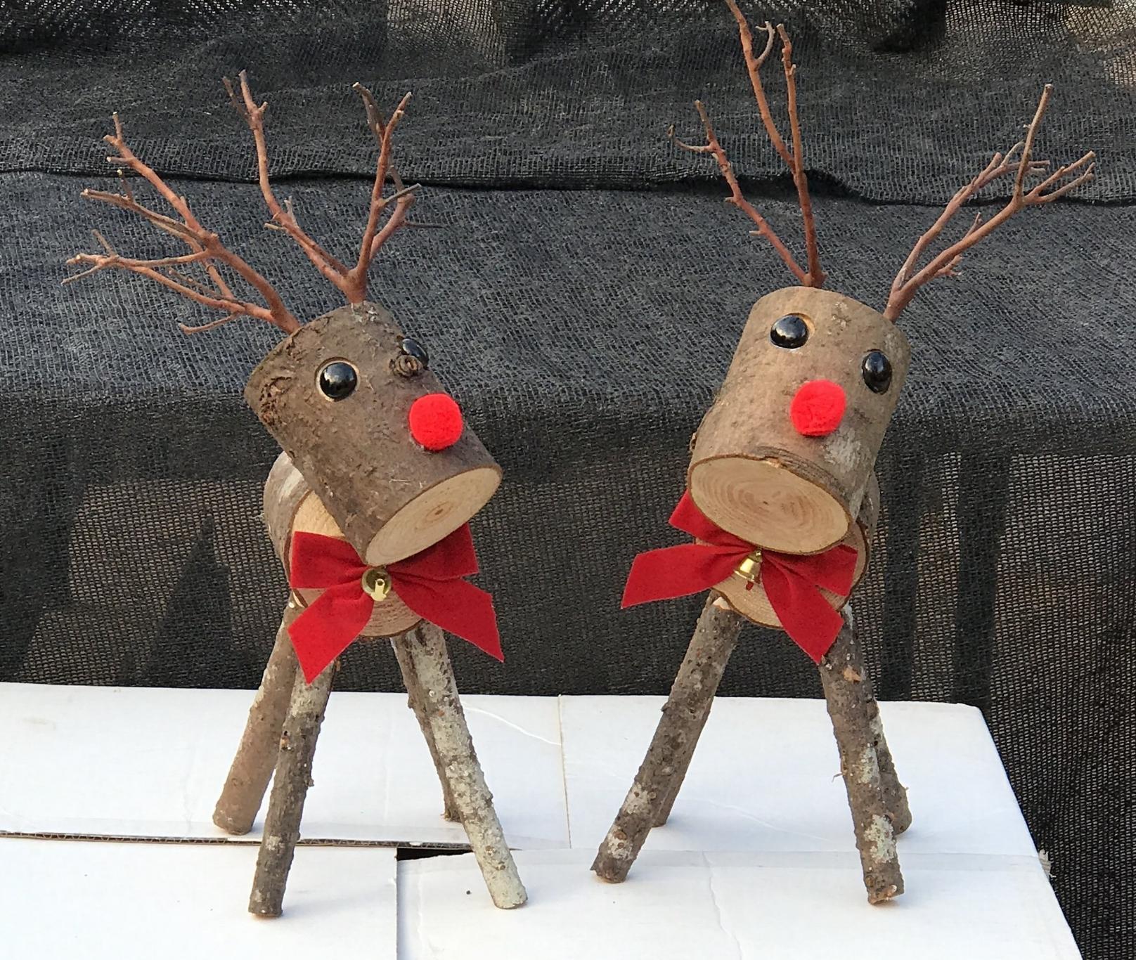 Reindeer on box.jpg