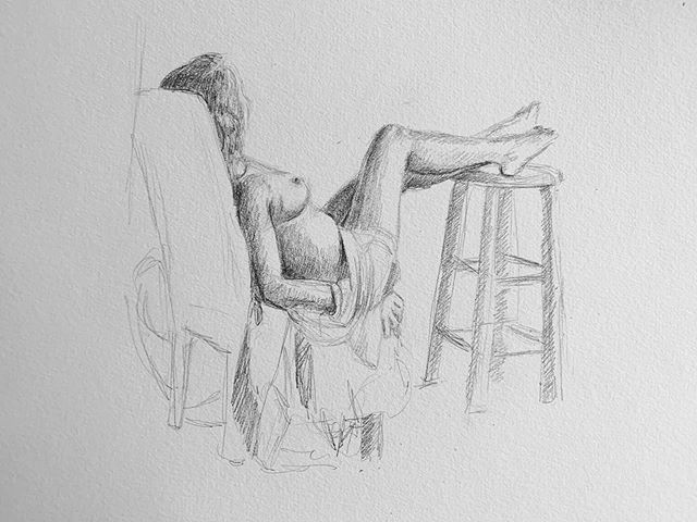 Last night's sketches from figure drawing. Thanks @liveandletmuse #figuredrawing #sketches #lifedrawing #pencilsketch