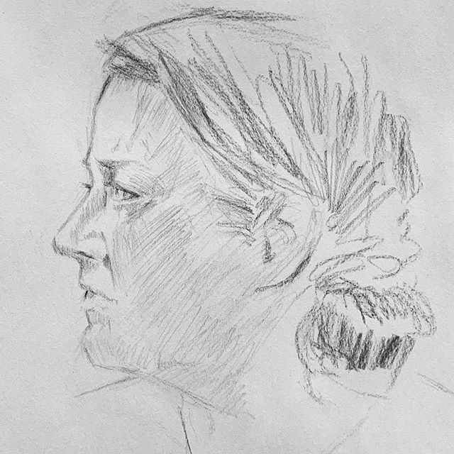 Our portrait model didn't make it last night, so I got two model for two sessions. It's good for artists to see what it's like for the model. It is not easy! Thanks to @markwalterfineart @keithcobb_art and Kim Dodgen for the sketches!