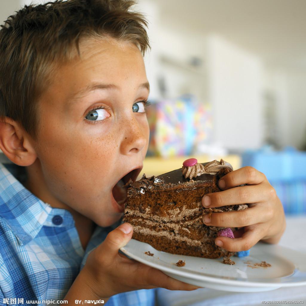 boy-eating-cake.jpg