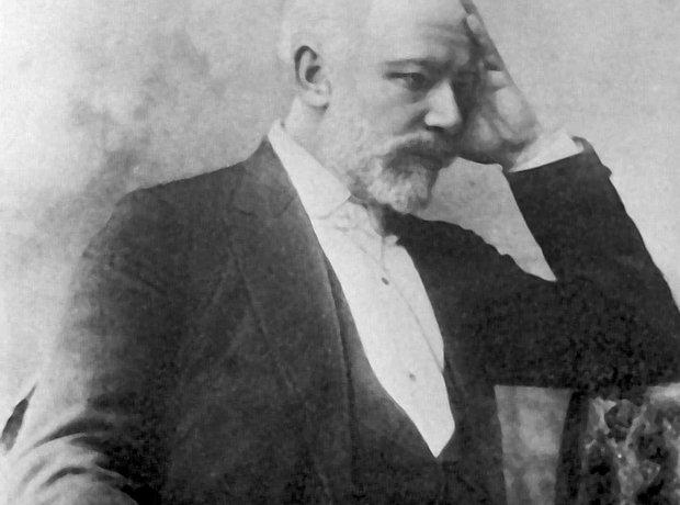 pyotr-ilyich-tchaikovsky-1327941564-view-0.jpg