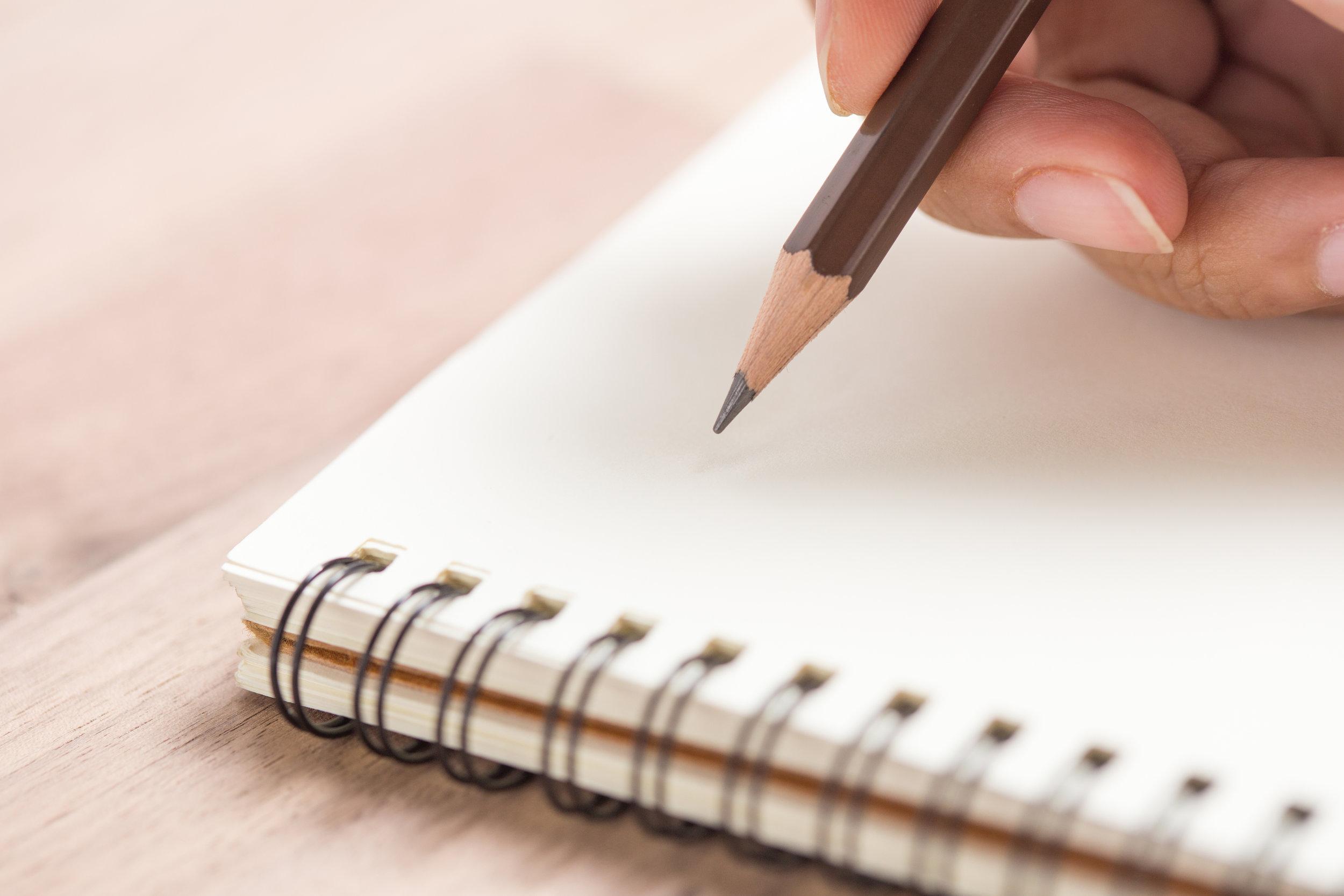 Skrive - papir og blyant.jpg