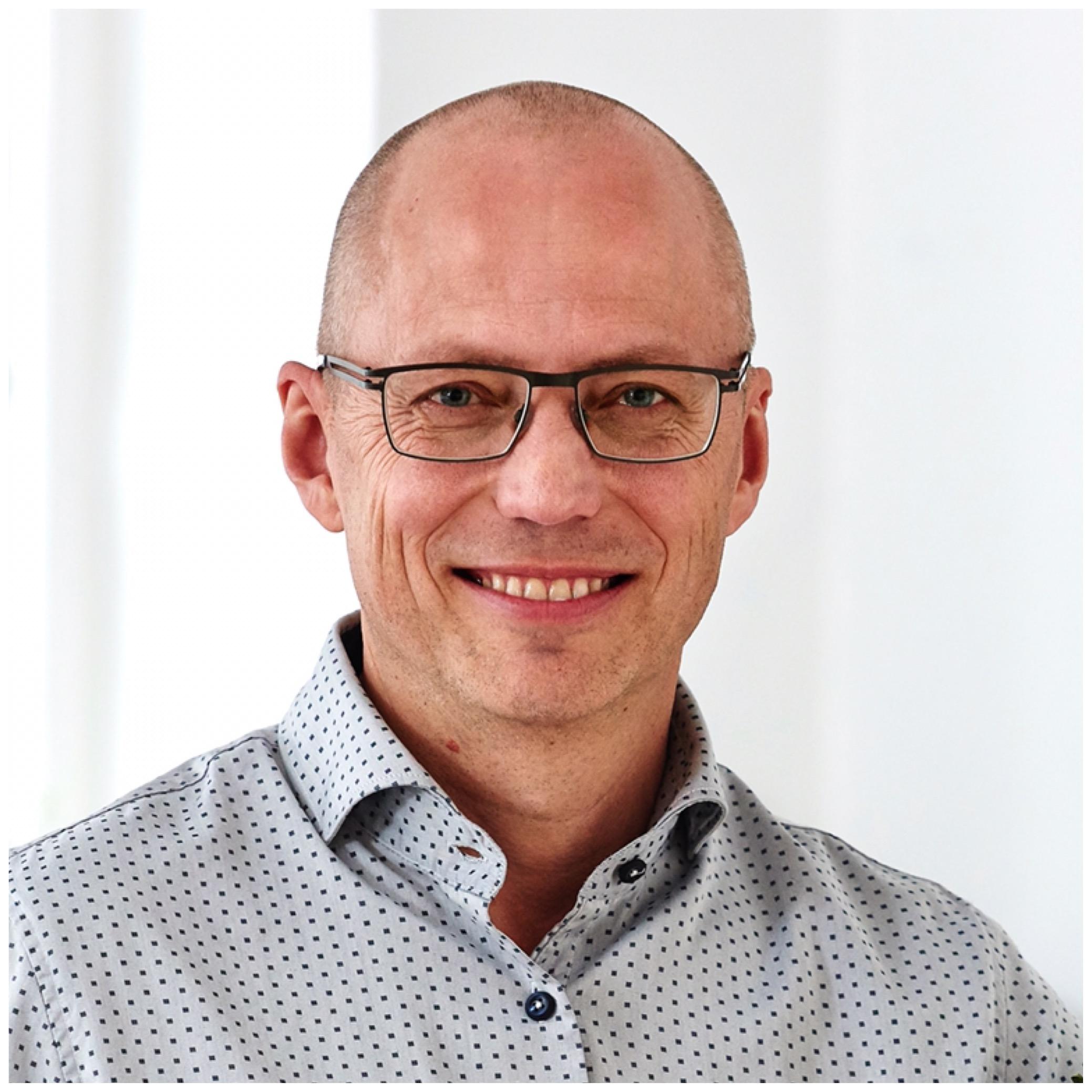 Jesper Wengel - BestyrelsesformandProfessor