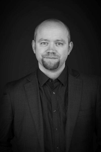 Jon Ingar Kjenes   CEO  Owner