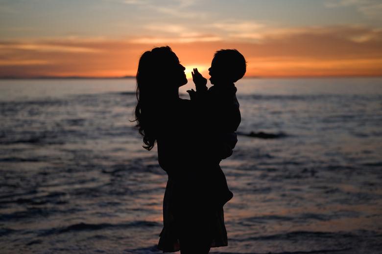 mother-praising-god2.jpg
