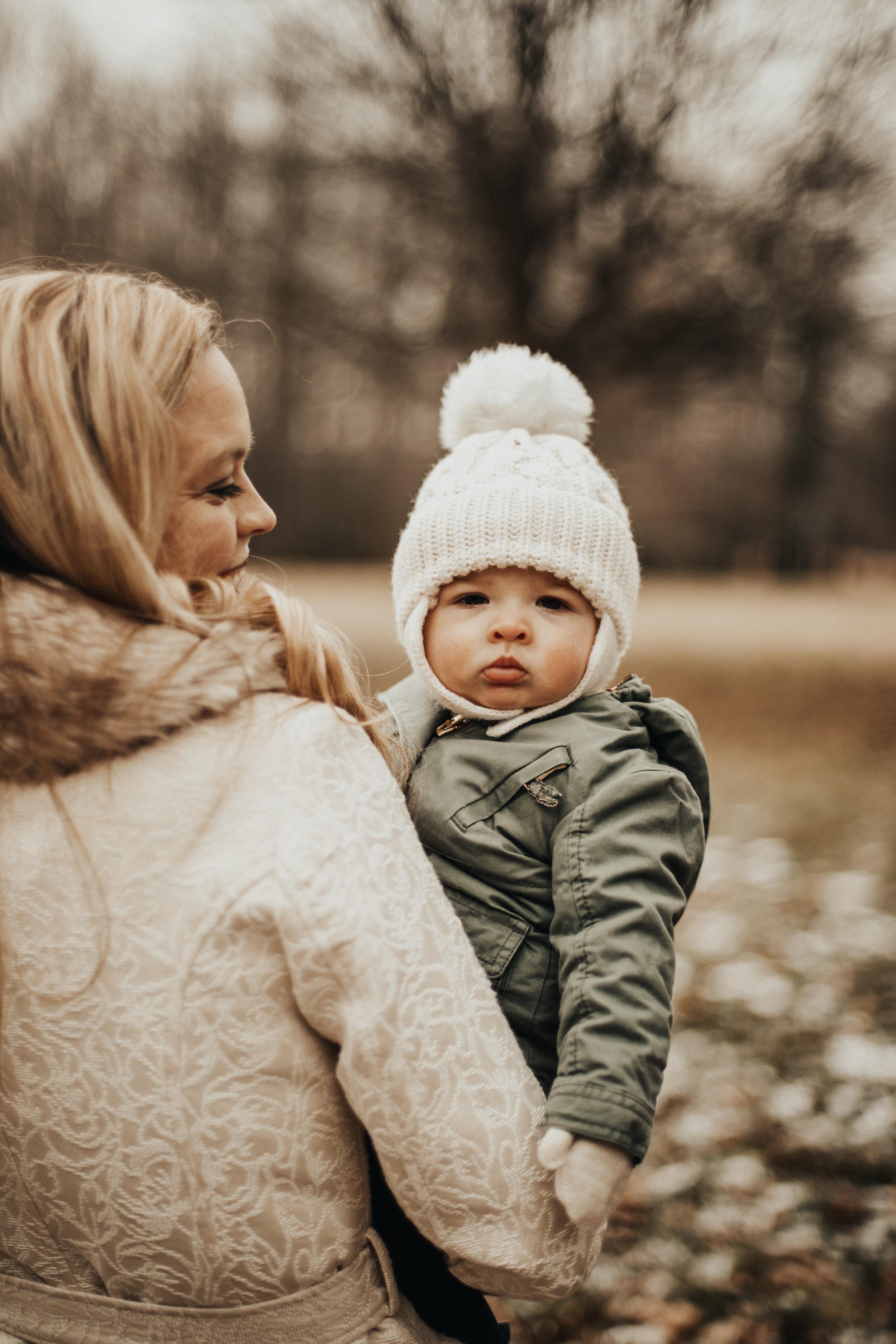 Cucinotta Family Christmas-8.jpg