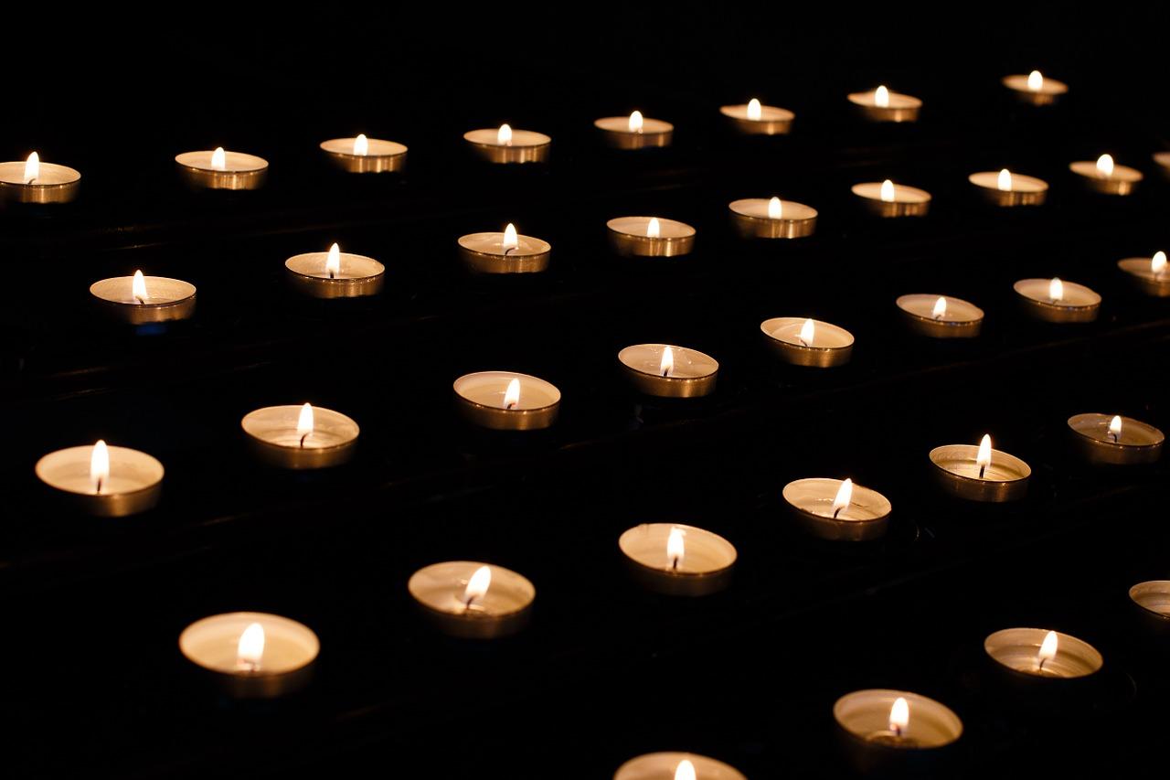 candle-1521246_1280.jpg