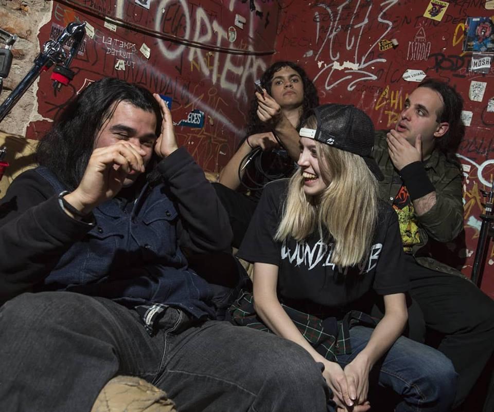 Wonderpub is: Rome Malerba - vocals and rhythm guitar, Eze Sa - lead guitar, Juan Pastor - bass, and Joel Jonathan - drums