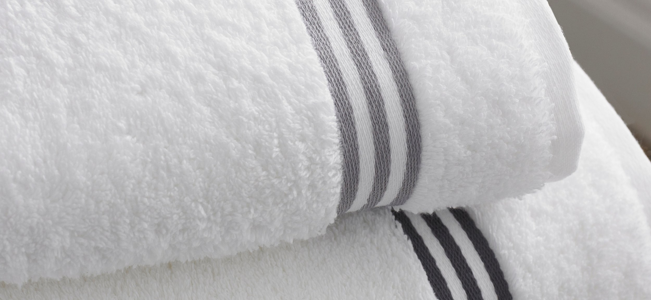 bath-bathroom-towels-12679.jpg
