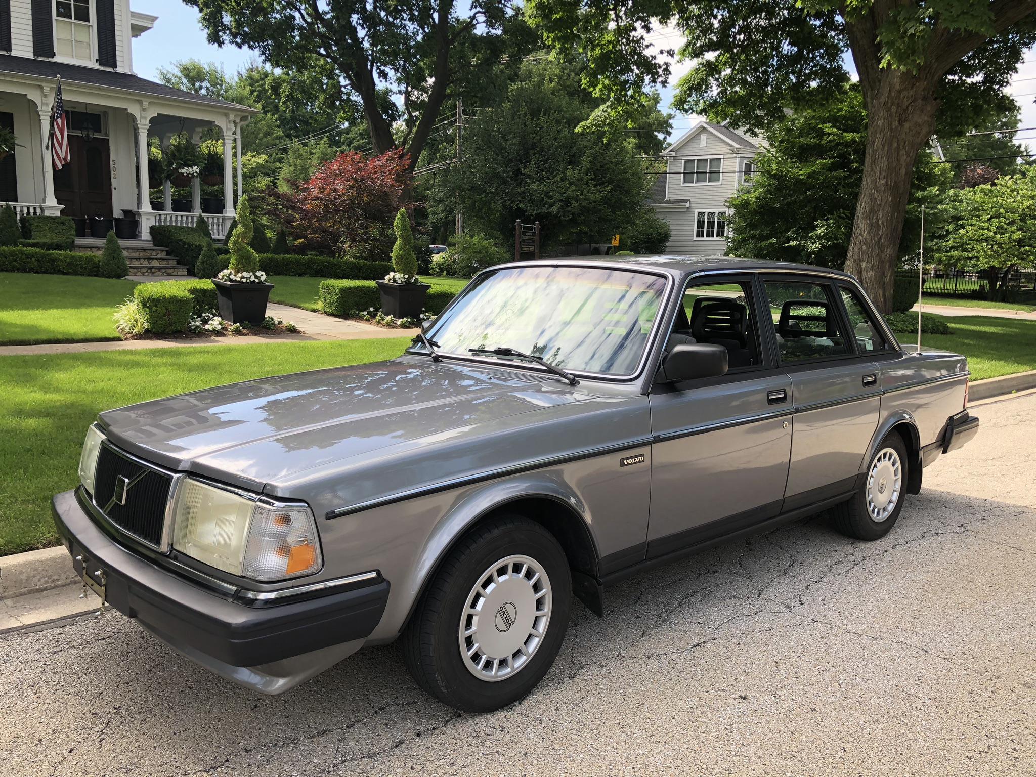 McLoughlin - '89 Volvo 240 - SOLD - Jacksonville, FL