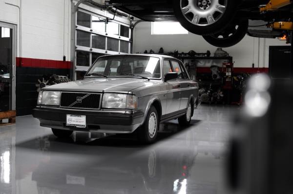 Berwen - '89 Volvo 240 - SOLD - Chicago, IL