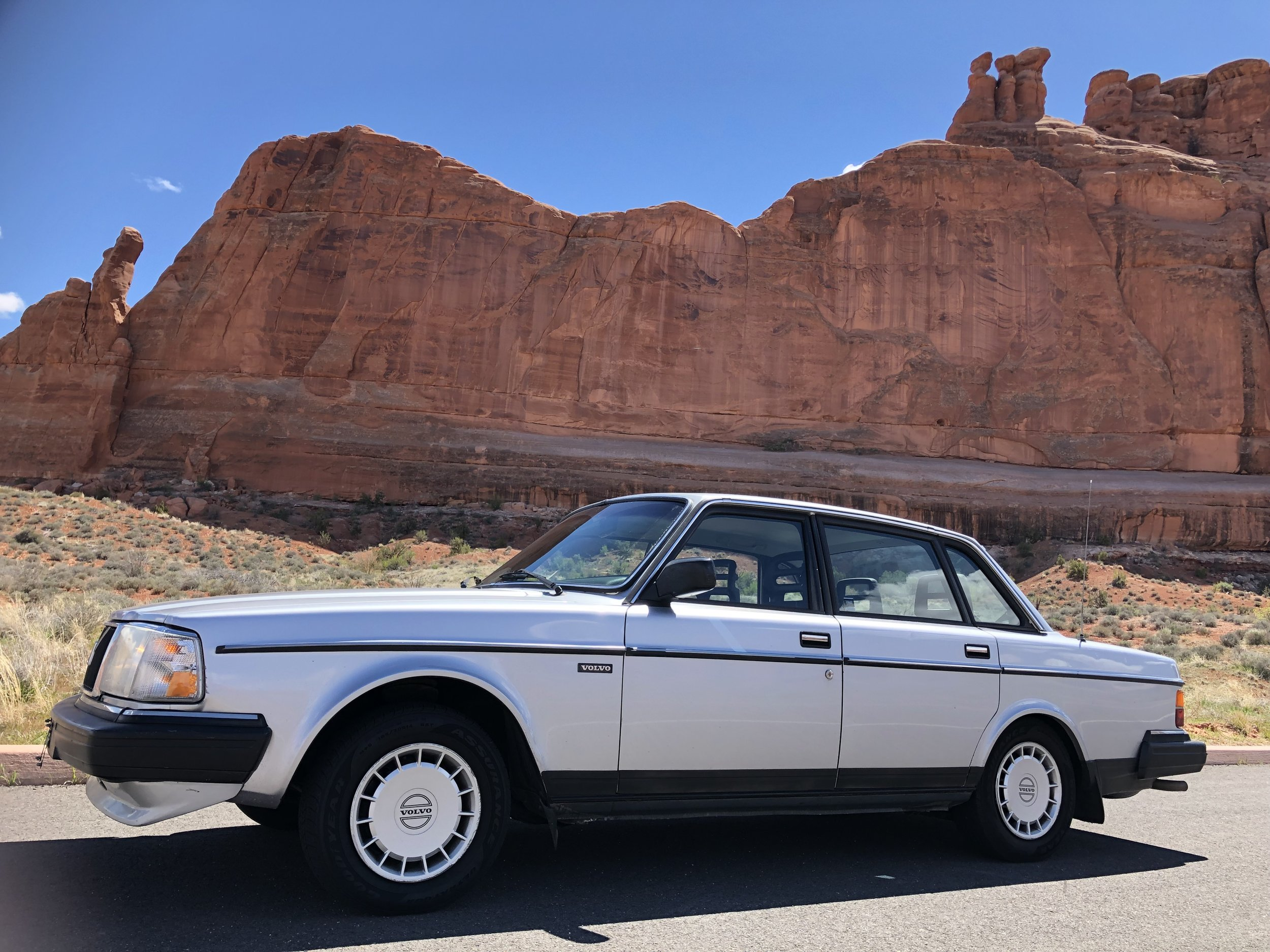 Babs - '89 Volvo 240 - DEPOSIT RECEIVED - ON HOLD