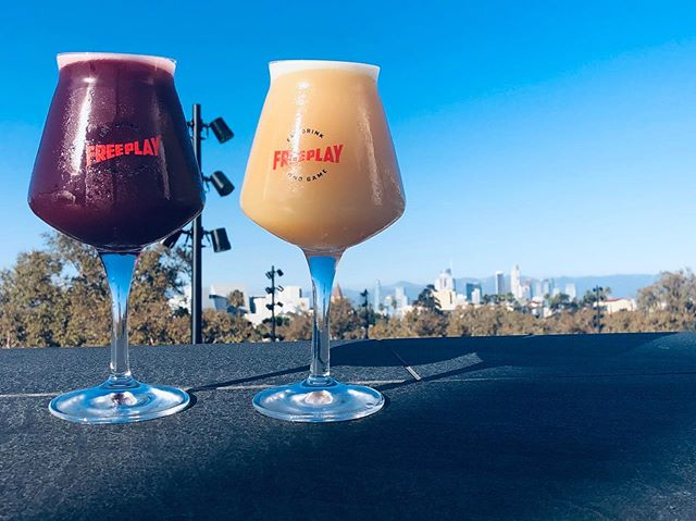 Tapping some fun beers this week from @mikerphonebrewing 💥🍻💥 Keep an eye out tapping some really special Hazy IPAs for the weekend . . Breakfast At Tiffany's Berliner Weisse w/ Blueberries & Maple Syrup . .  Mikerphone Drop DDH Pale Ale w/ Citra Hops #hazyipa #sourbeer #tasteslikepancakes #dtla #labars #beer #freeplay