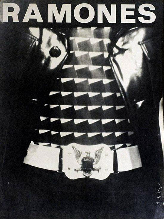 4.-Ramones-photo-by-Arturo-Vega.jpg