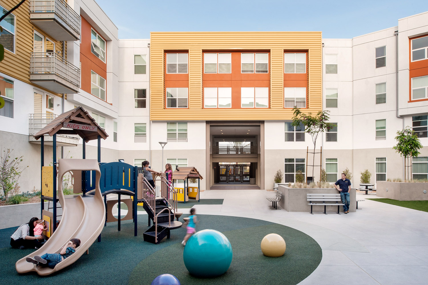 Paseo at Comm22 playground, community building, commercial architecture photographer, san diego photographer