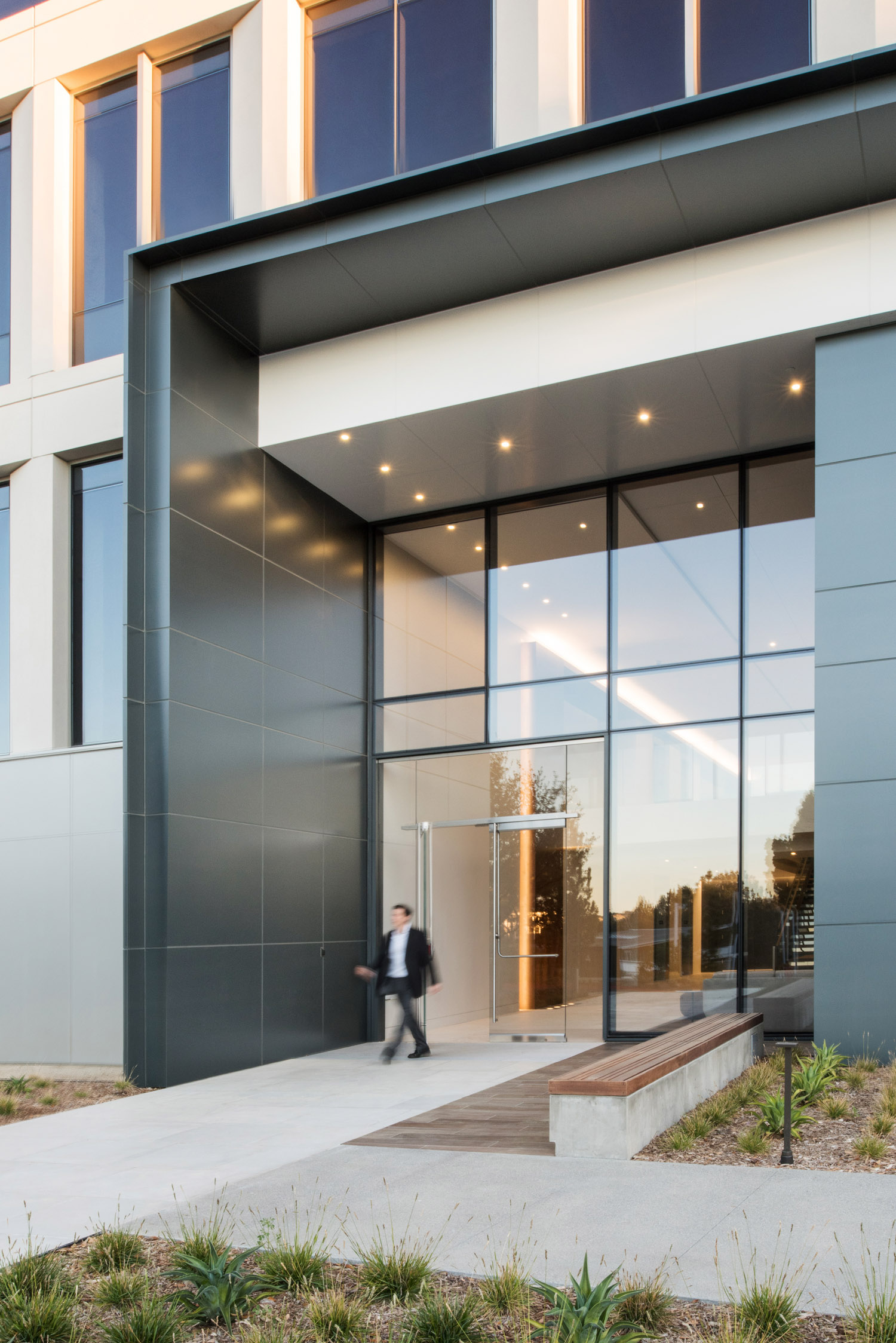 Front exterior of Gensler building, kilroy realty photographer, southern california, commercial photography